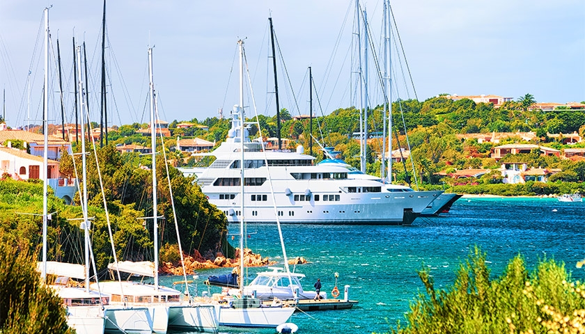 2021-yacht-charters-greece-opening-its-borders-for-tourism-on-may-14th